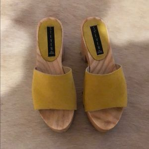 Steven by Steve Madden clogs/mules. Style LOU